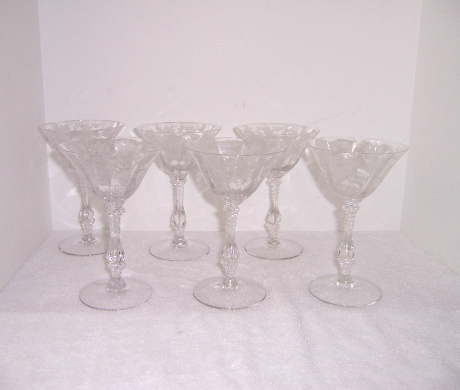 Triple A Resale Cambridge Rose Point Champagne Glasses